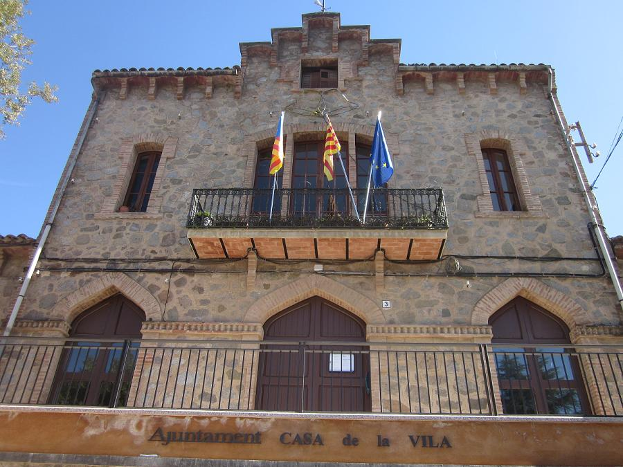 Galeria m sterhal m ster hisenda auton mica i local - Apartamentos dv barcelona ...